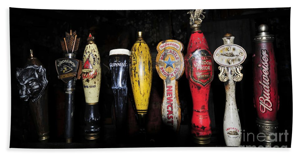 Beer Hand Towel featuring the photograph Nightly Lineup by David Lee Thompson