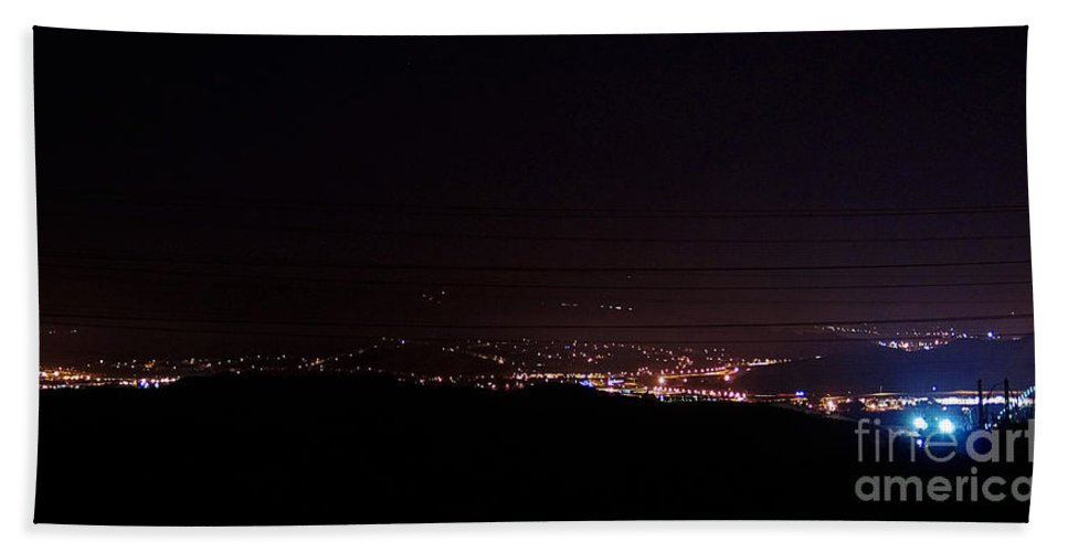 Clay Bath Towel featuring the photograph Nights In The Valley by Clayton Bruster