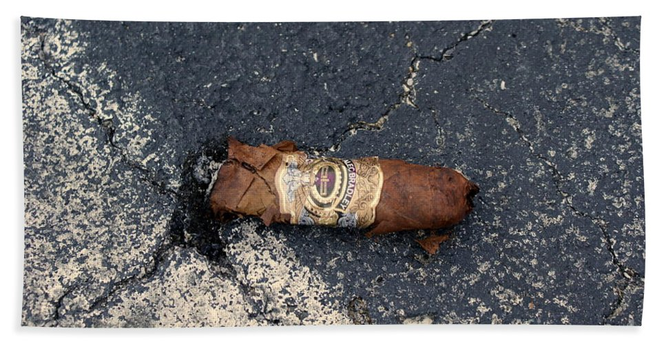 Cigar Hand Towel featuring the photograph No Smoking by Jennifer Diaz