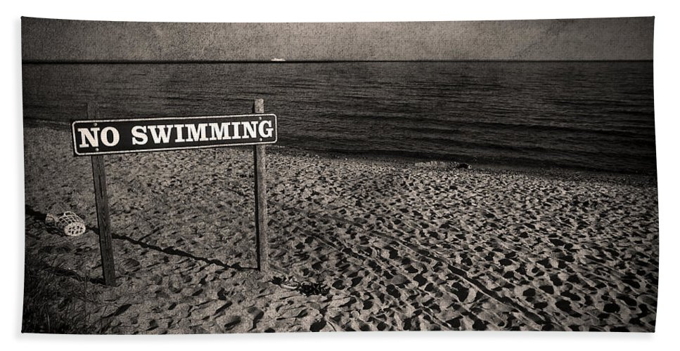 Sign Hand Towel featuring the photograph No Swimming by Evelina Kremsdorf