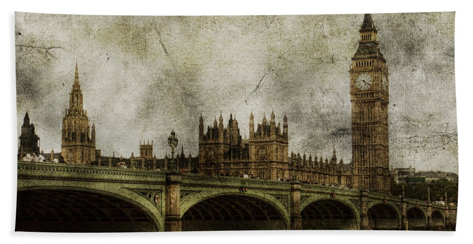 London Hand Towel featuring the photograph Noble Attributes by Andrew Paranavitana