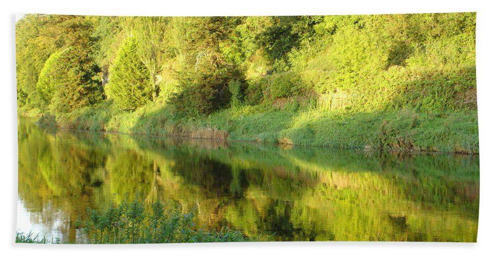 Nore Bath Sheet featuring the photograph Nore Reflections II by Kelly Mezzapelle