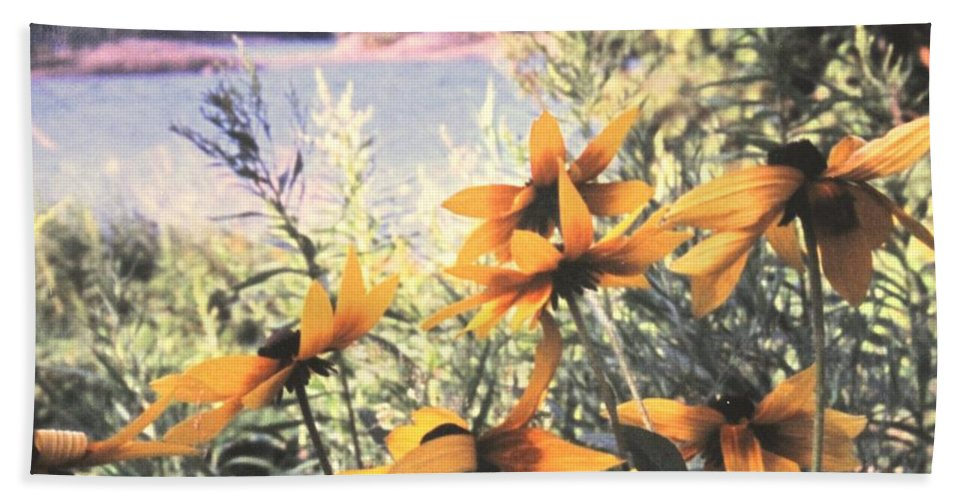 North Channel Bath Towel featuring the photograph North Channel Beauties by Ian MacDonald