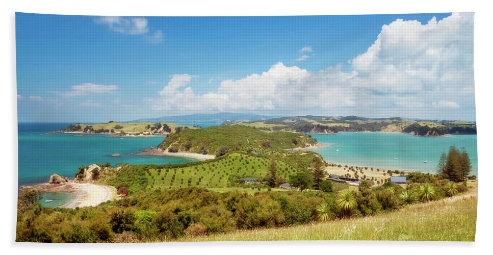 Joan Carroll Hand Towel featuring the photograph North Tower Viewpoint Rotoroa New Zealand by Joan Carroll