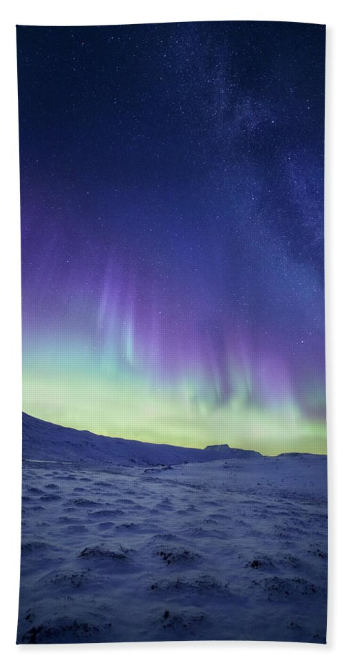 Northern Lights Bath Towel featuring the photograph Northern Light by Tor-Ivar Naess