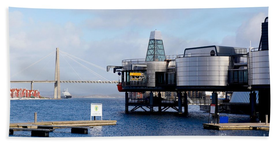 Museum Bath Sheet featuring the photograph Norwegian Petroleum Museum by Kenneth Lempert