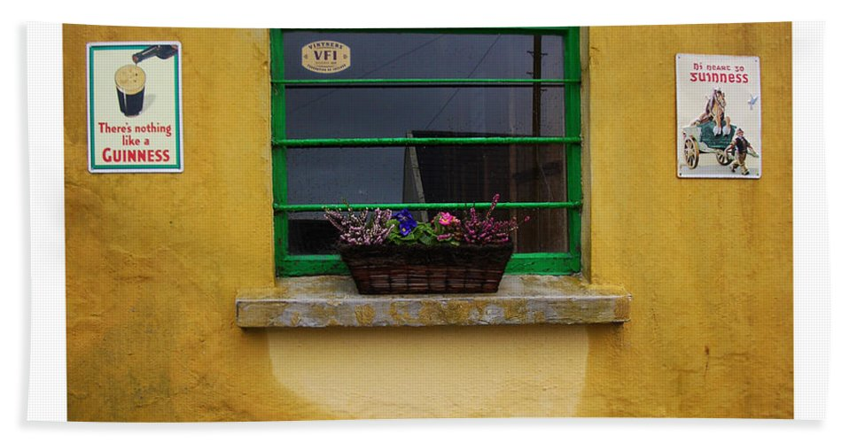 Ireland Bath Towel featuring the photograph Nothing Like A Guinness by Tim Nyberg