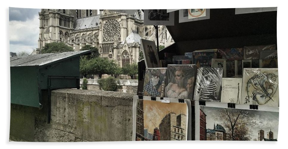 Paris Hand Towel featuring the photograph Notre Dame Street Art by Dave Byers