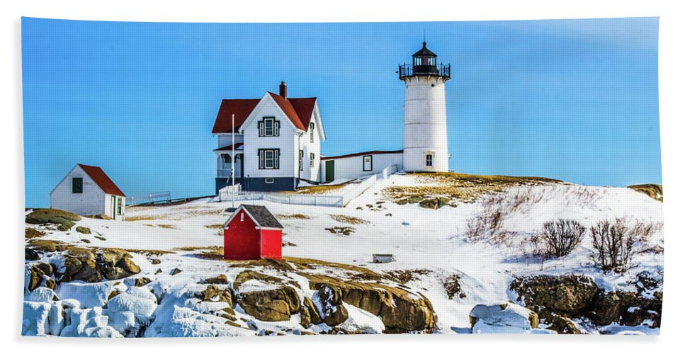 Maine Bath Sheet featuring the photograph Nubble Light 2 by Kevin Fortier