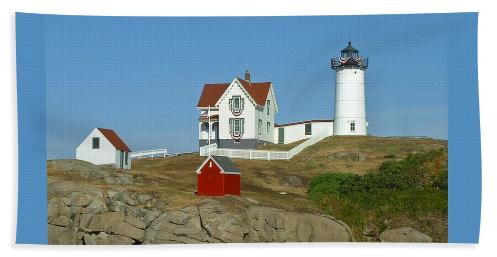Nubble Hand Towel featuring the photograph Nubble Light by Margie Wildblood