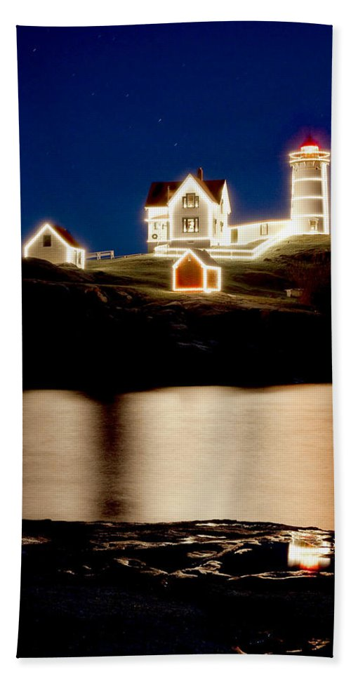 Lighthouse Bath Sheet featuring the photograph Nubble Stars by Greg Fortier