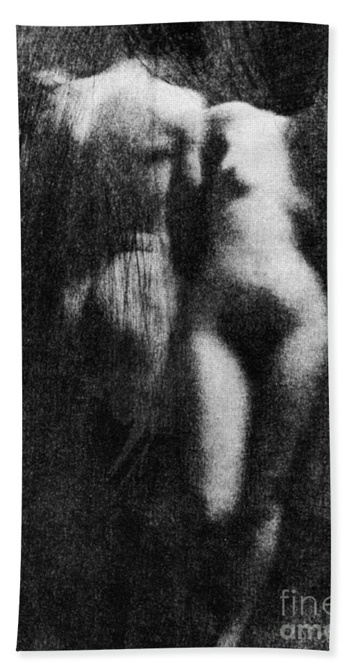 1910 Hand Towel featuring the photograph Nude Couple, 1910 by Granger