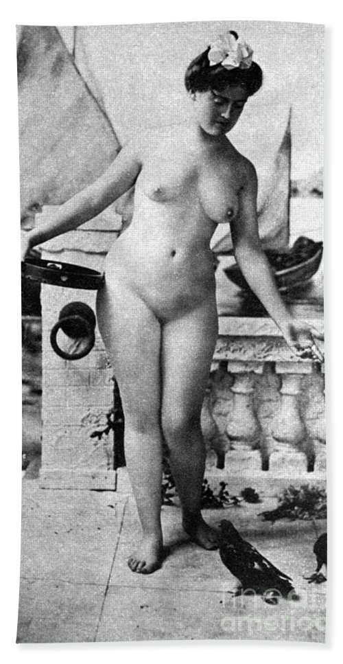 1902 Hand Towel featuring the photograph Nude In Venice, 1902 by Granger