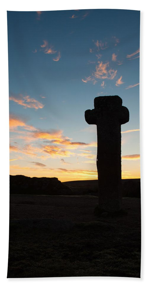 Stone Cross Hand Towel featuring the photograph Nuns Cross Silhouette II by Helen Northcott