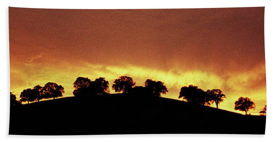 Oak Bath Sheet featuring the photograph Oaks On Hill At Sunset by Jim And Emily Bush