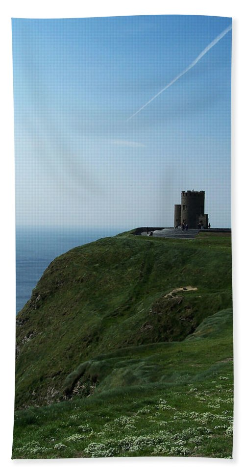 Irish Bath Sheet featuring the photograph O'brien's Tower At The Cliffs Of Moher Ireland by Teresa Mucha