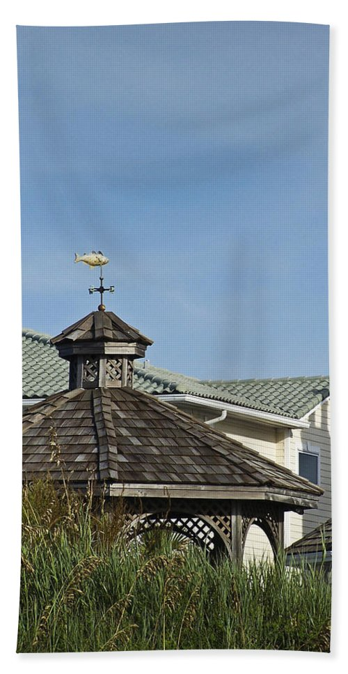 Ocean Hand Towel featuring the photograph Ocean Isle Fish Weathervane by Teresa Mucha