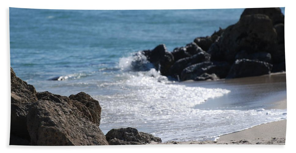 Sea Scape Bath Towel featuring the photograph Ocean Rocks by Rob Hans
