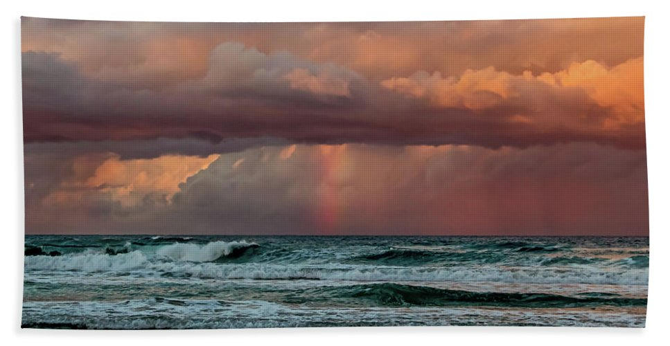 Australia Bath Towel featuring the photograph Ocean Spirit by Az Jackson
