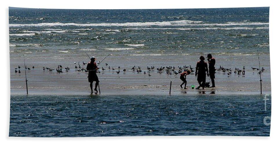 Atlantic Ocean Bath Sheet featuring the photograph Ocean Way by Greg Patzer