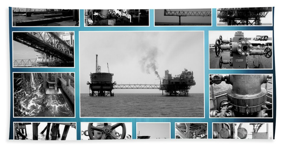 Rig Bath Sheet featuring the photograph Oil And Gas Industry by Stefano Senise