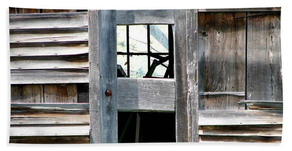 Barns Bath Sheet featuring the photograph Old Barn Closeup by Rose Santuci-Sofranko