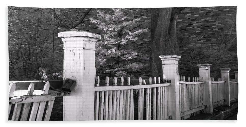 Fence Bath Sheet featuring the photograph Old Beauty by Rrea Brown