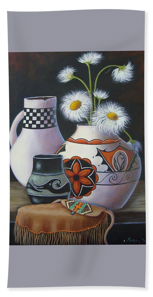 Hand Towel featuring the painting Old Court Shasta Daisy by Sharon Coray