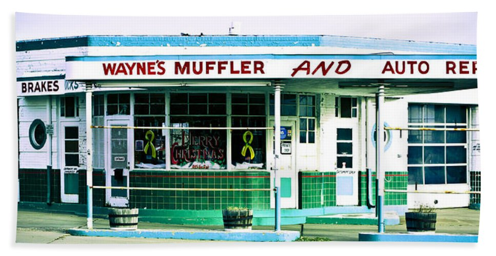 Americana Hand Towel featuring the photograph Old Gas Station Green Tile by Marilyn Hunt
