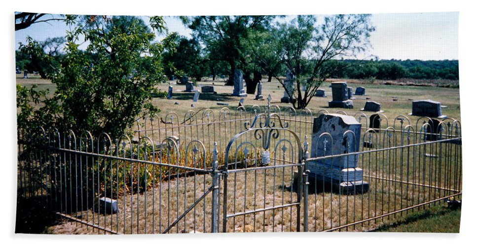 Fence Grave Headstone Stones Hand Towel featuring the photograph Old Grave Site 2 by Cindy New