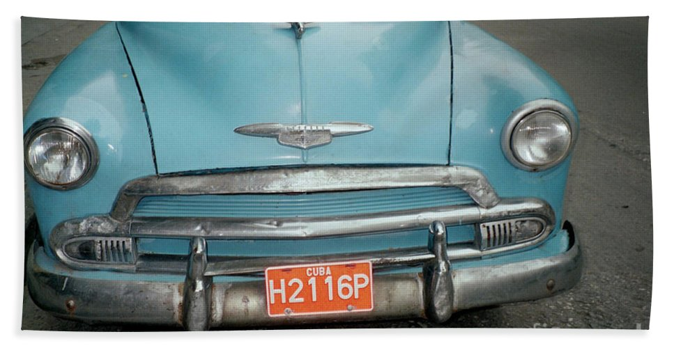 Taxi Bath Towel featuring the photograph Old Havana Cab by Quin Sweetman