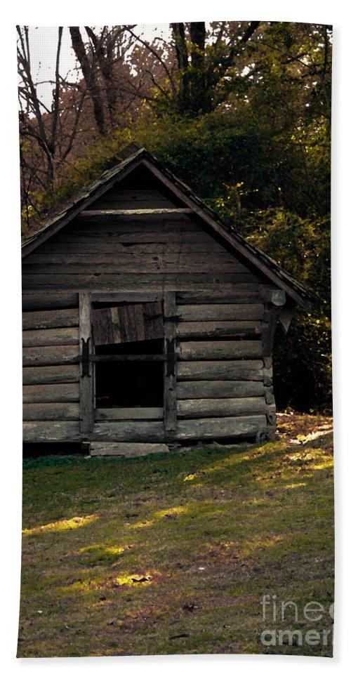 Log Cabin Bath Sheet featuring the photograph Old Log Cabin by Kim Henderson
