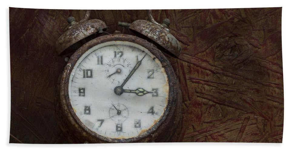 Retro Hand Towel featuring the photograph Old Rustick Clock by Linda D Lester