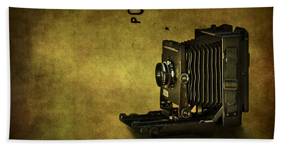 Camera Hand Towel featuring the photograph Old School by Evelina Kremsdorf