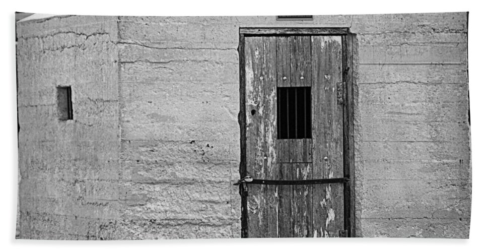 Door Bath Sheet featuring the photograph Old Town Jail by Cricket Hackmann