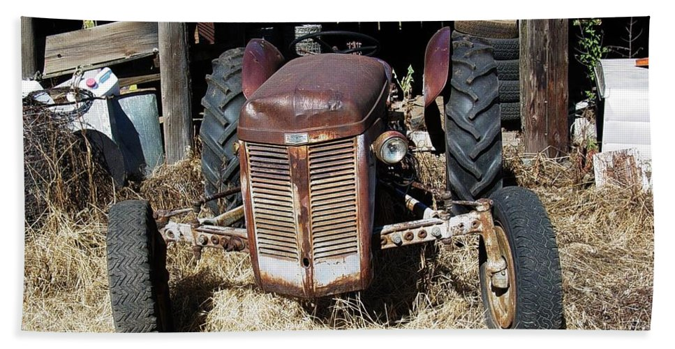 Farm Hand Towel featuring the photograph Old Tractor 4 by Sara Stevenson