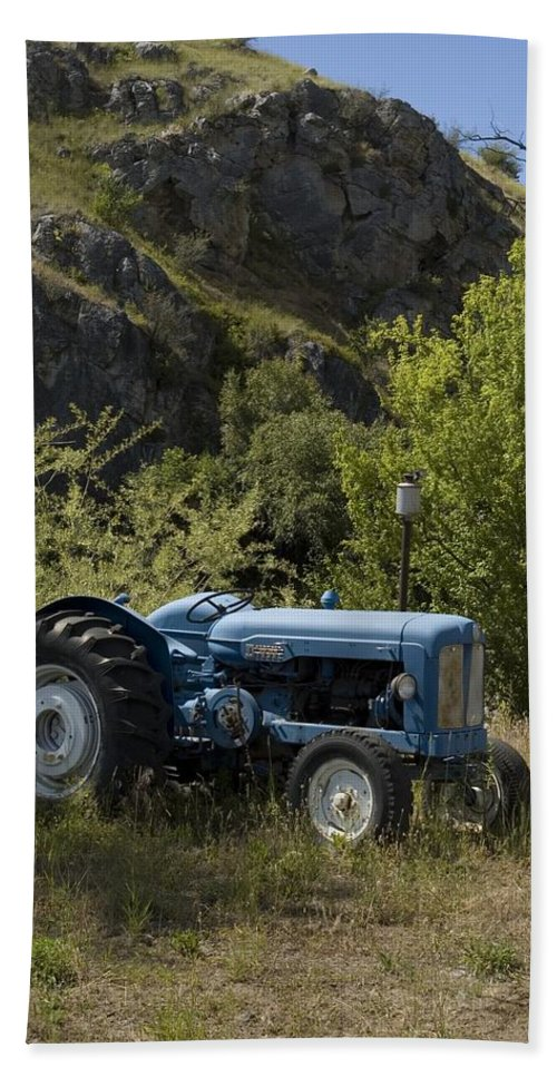 Tractor Bath Sheet featuring the photograph Old Tractor 5 by Sara Stevenson