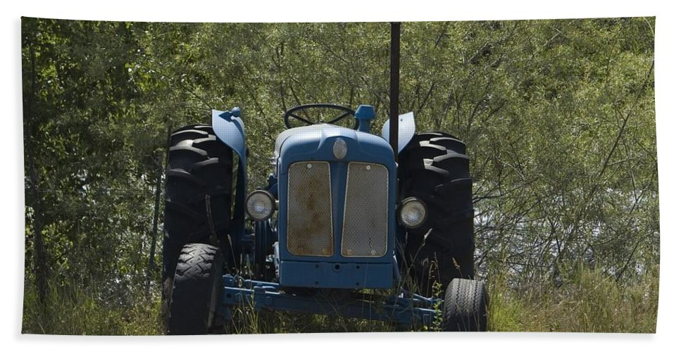 Tractor Bath Sheet featuring the photograph Old Tractor 6 by Sara Stevenson