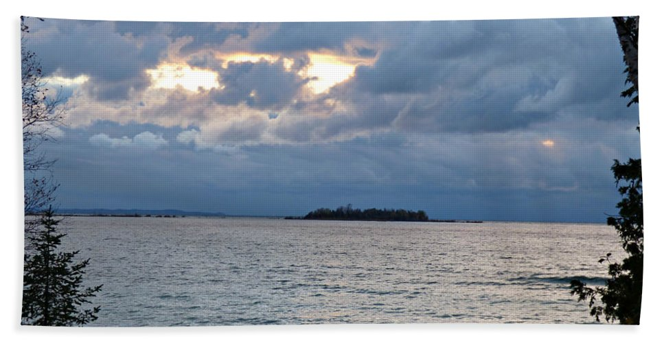 Island Hand Towel featuring the photograph On An Island by Scott Ward