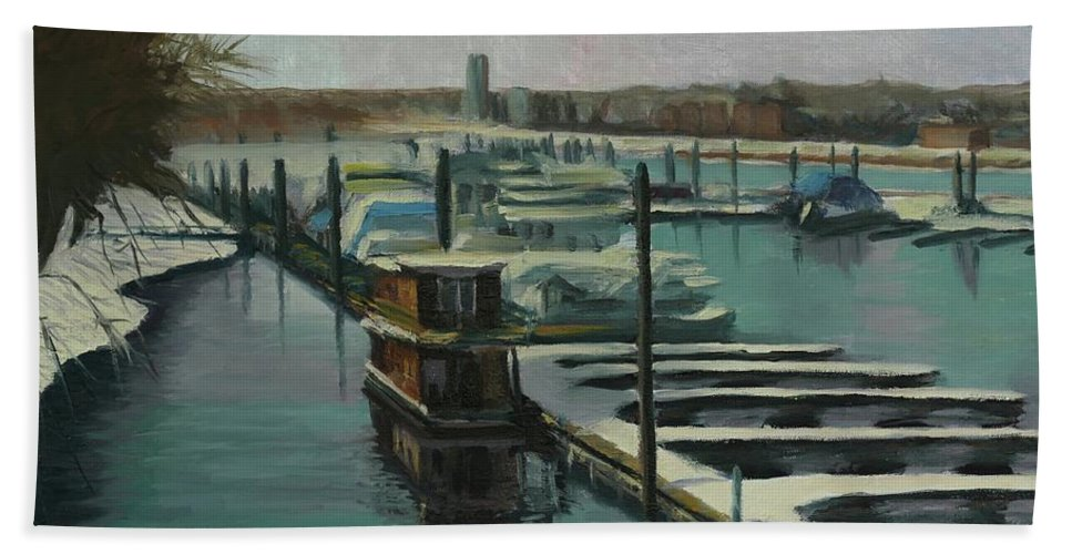 Mississippi Bath Towel featuring the painting On The River by Laura Toth