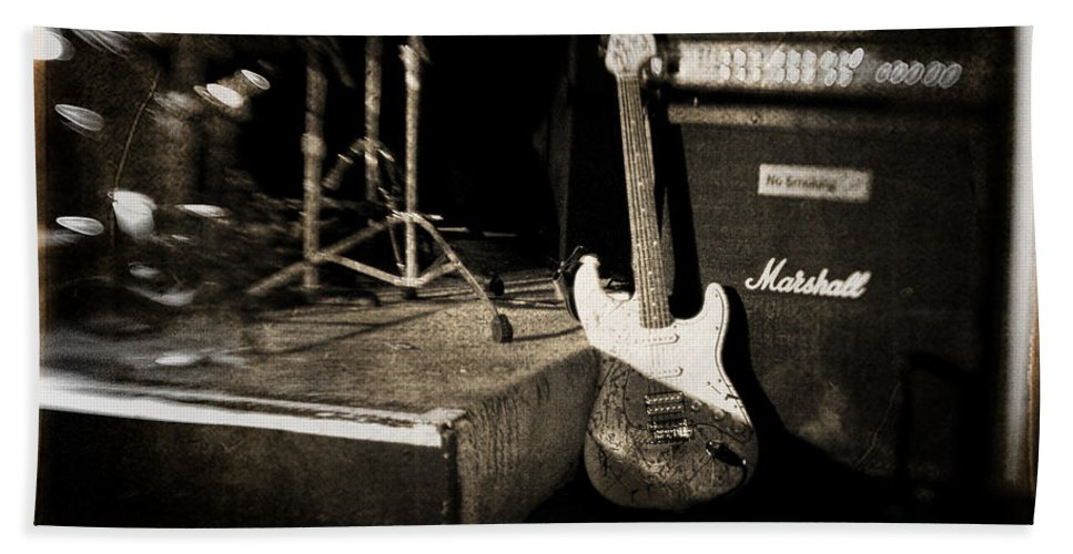Guitar Hand Towel featuring the photograph One More Show by Scott Pellegrin