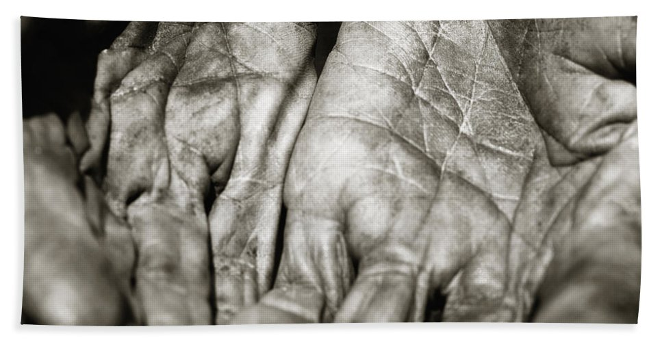 Hands Bath Sheet featuring the photograph Two Old Hands by Skip Nall