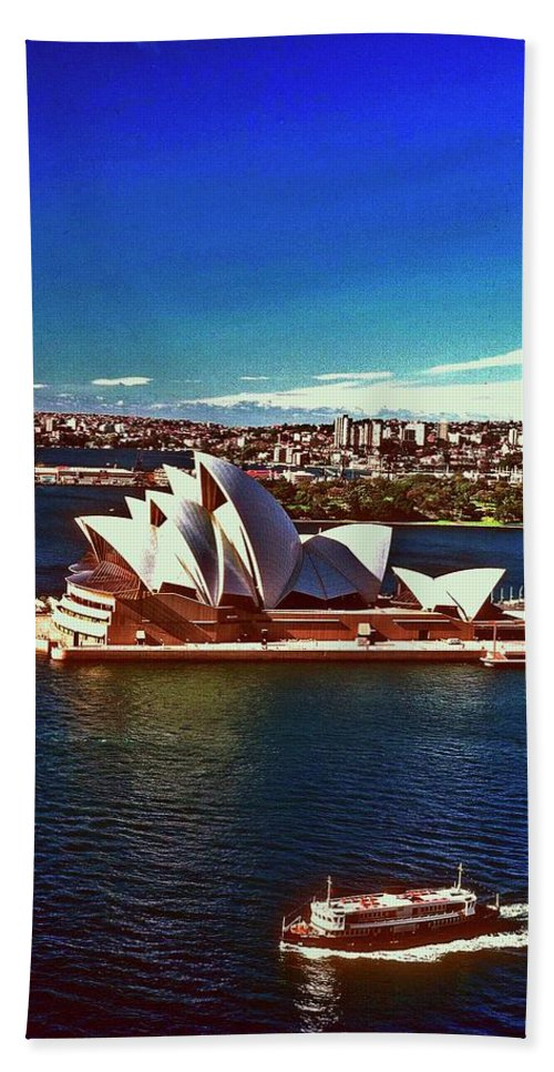 Opera House Hand Towel featuring the photograph Opera House Sydney Austalia by Gary Wonning