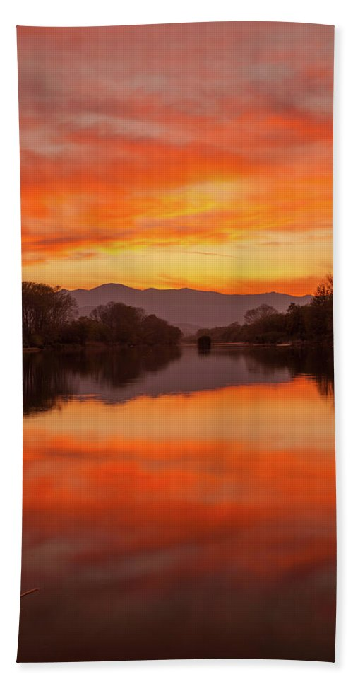 Summer Hand Towel featuring the photograph Orange Sunset by Daniele Fanni