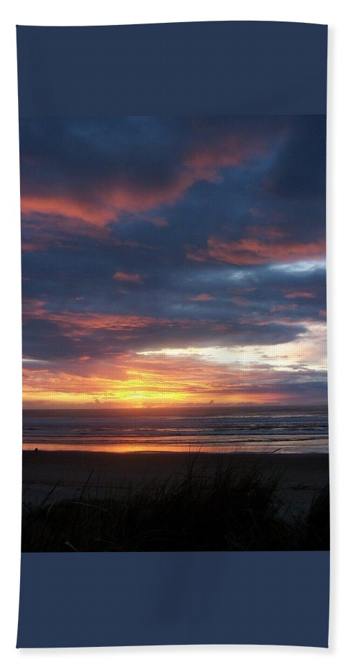 Beach Bath Sheet featuring the photograph Oregon Coast 11 by Deahn   Benware
