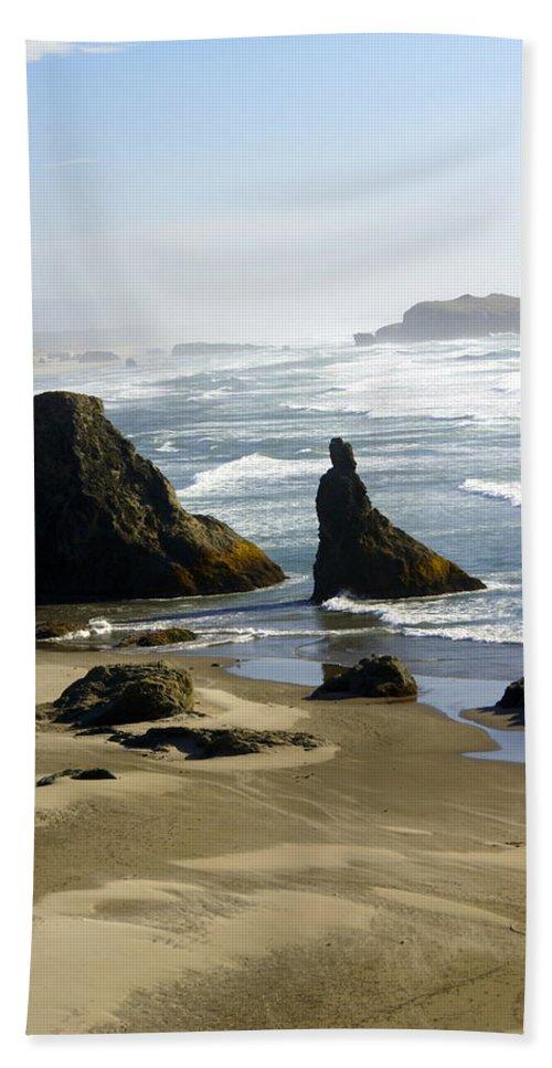 Ocean Bath Sheet featuring the photograph Oregon Coast 19 by Marty Koch