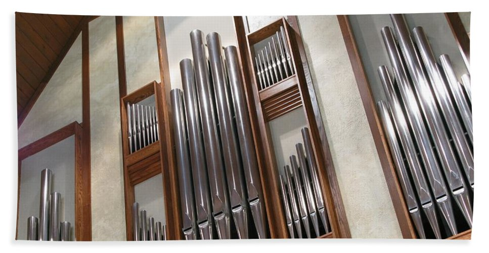 Music Hand Towel featuring the photograph Organ Pipes by Ann Horn