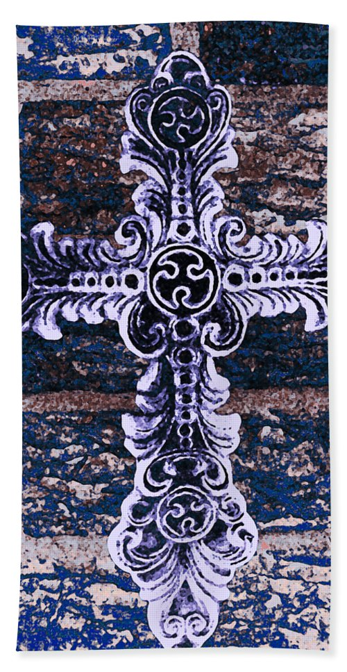 Iron Hand Towel featuring the photograph Ornate Cross 2 by Angelina Vick