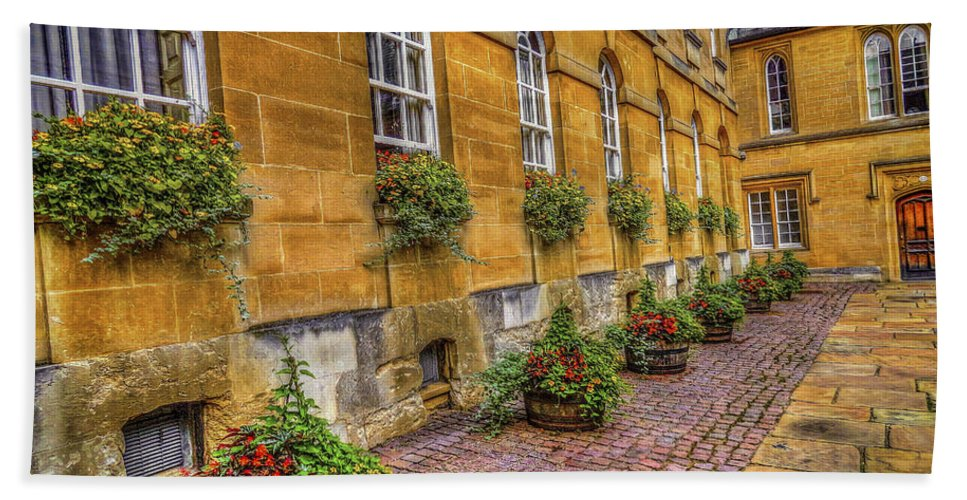England Hand Towel featuring the photograph Oxford Spring by Rogermike Wilson