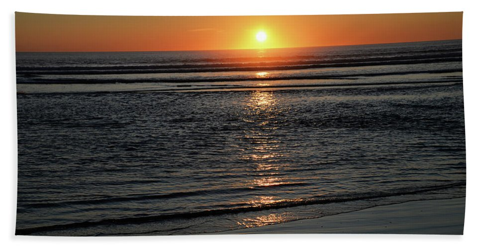 Denise Bruchman Hand Towel featuring the photograph Pacific Sunset by Denise Bruchman